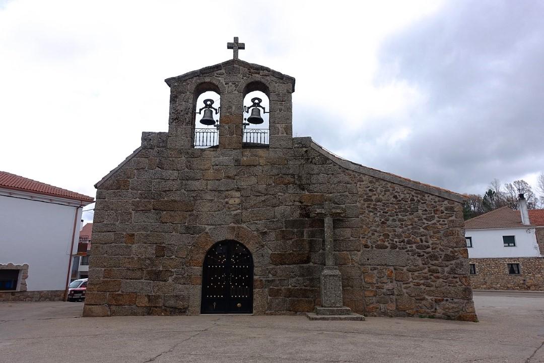 Iglesia de Santiago Apóstol (El Payo)