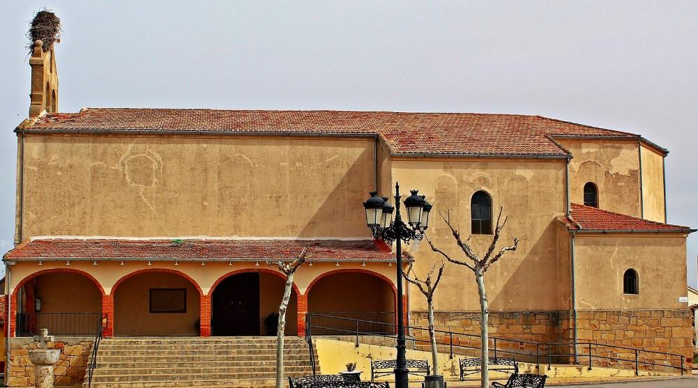 Iglesia San Pedro Apóstol (Pajares de la Laguna)