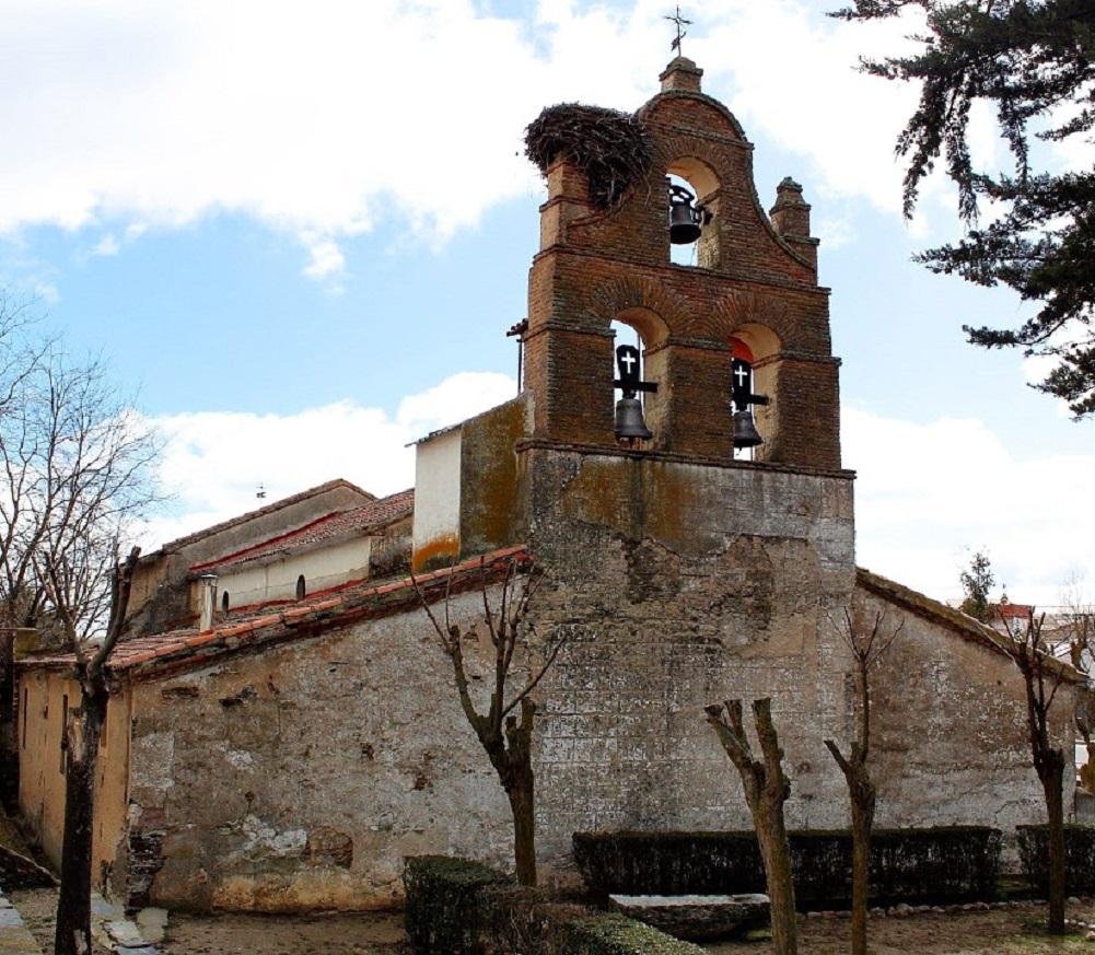 Iglesia San Silvestre (Navales)